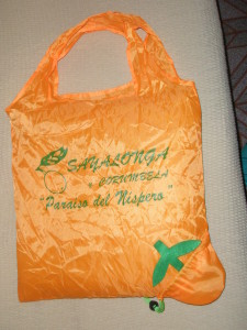 A fab souvenir of the day. The bag proudly proclaims that Syalonga is the Paradise of the Nispero
